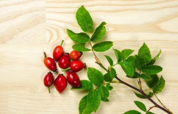 Natural C-500 with Rose Hips таблетки ви осигурява натурален  витамин С от шипки.
