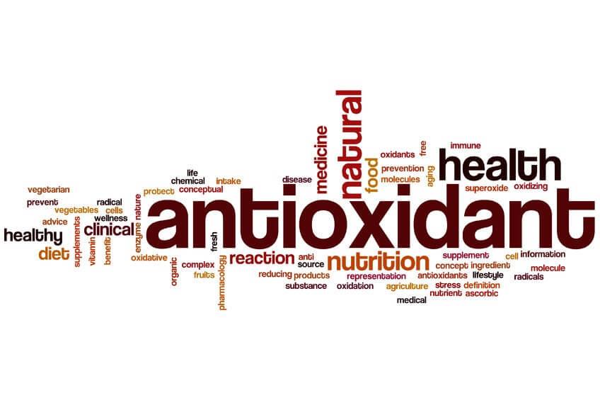 Липоевата киселина се сравнява с витамин С и токоферол (витамин Е) - ALA засилва ефекта на другите антиоксиданти и възстановява тяхната активност, когато тя се понижи.