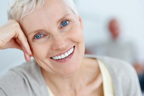 Menopause Spectrum With Estrog-100 предпазва от депресия и раздразнителност в периода на менопаузата при жените