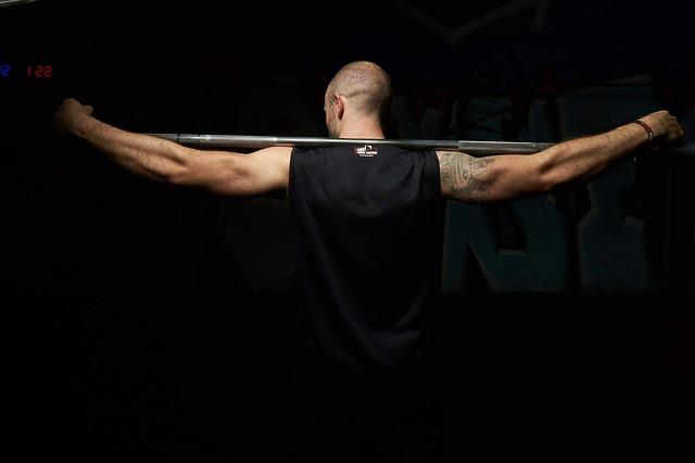 Musclepharm Amino1 Sport Series стимулира мускулния растеж.