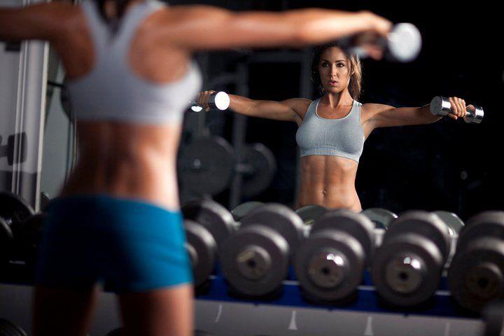 Muscletech Platinum 100% Whey съдържа суроватъчни протеини и биоактивни протеинови фракции