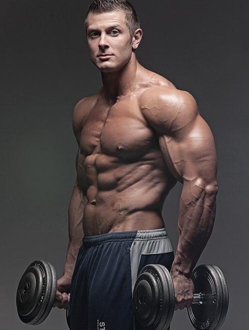 Конопеният протеин от Myprotein, подпомага натрупването на мускулна маса, подобрява издръжливостта и възстановяването