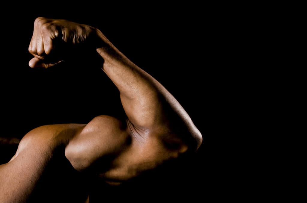 Peanut Butter на Myprotein помага за изграждането на мускулите
