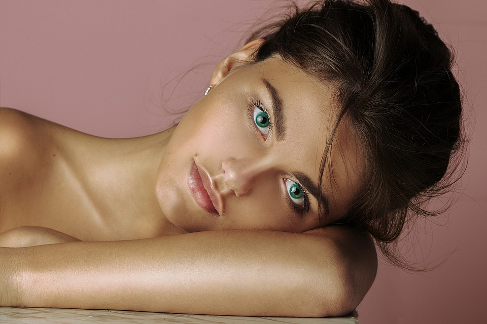 Natrol Hyaluronic Acid, MSM & Glucosamine подобрява състоянието на кожата.