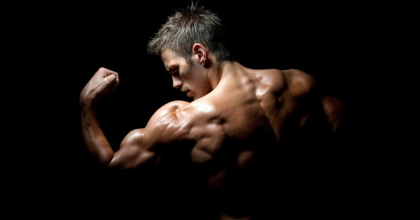 Now Foods Glutamine стимулира мускулния растеж.
