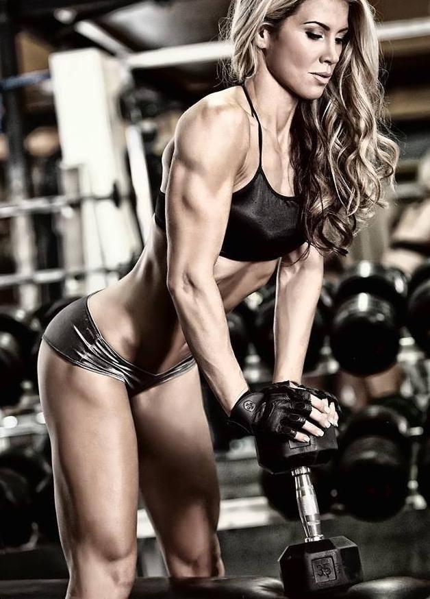 Amino Energy 30 serv. спомага за натрупването на мускули и е с топ цена в Protein.bg
