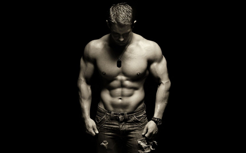 Prozis BCAA Powder Flavored стимулира мускулен растеж.