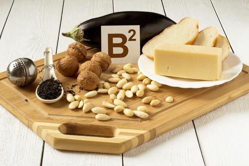 Prozis Foods Riboflavin Vitamin B2 100 mg поддържа човешкото здраве и подпомага възстановителните процеси на организма