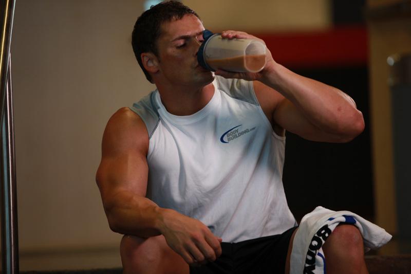 Суроватъчният протеин Whey Powder ни дава енергия и ни помага за доброто и бързо възстановяване след тренировка.