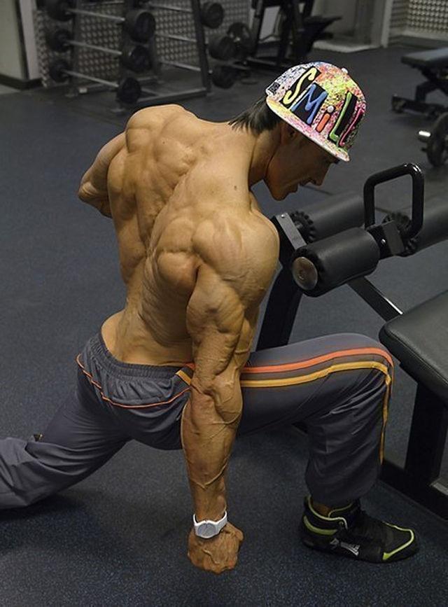 Gain Fast 3100 на невероятна цена помага за бързото уголемяване на мускулите