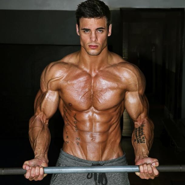 Universal Nutrition Torrent увеличава мускулите и силата.